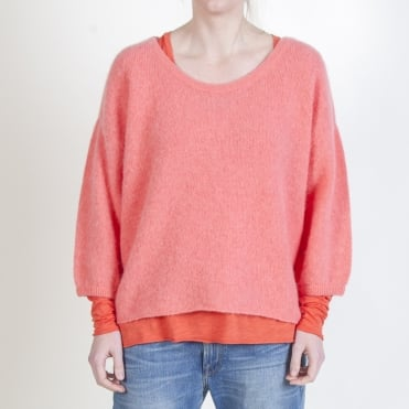 Alpaca and Merino Mix Round Neck Jumper in Petunia Pink