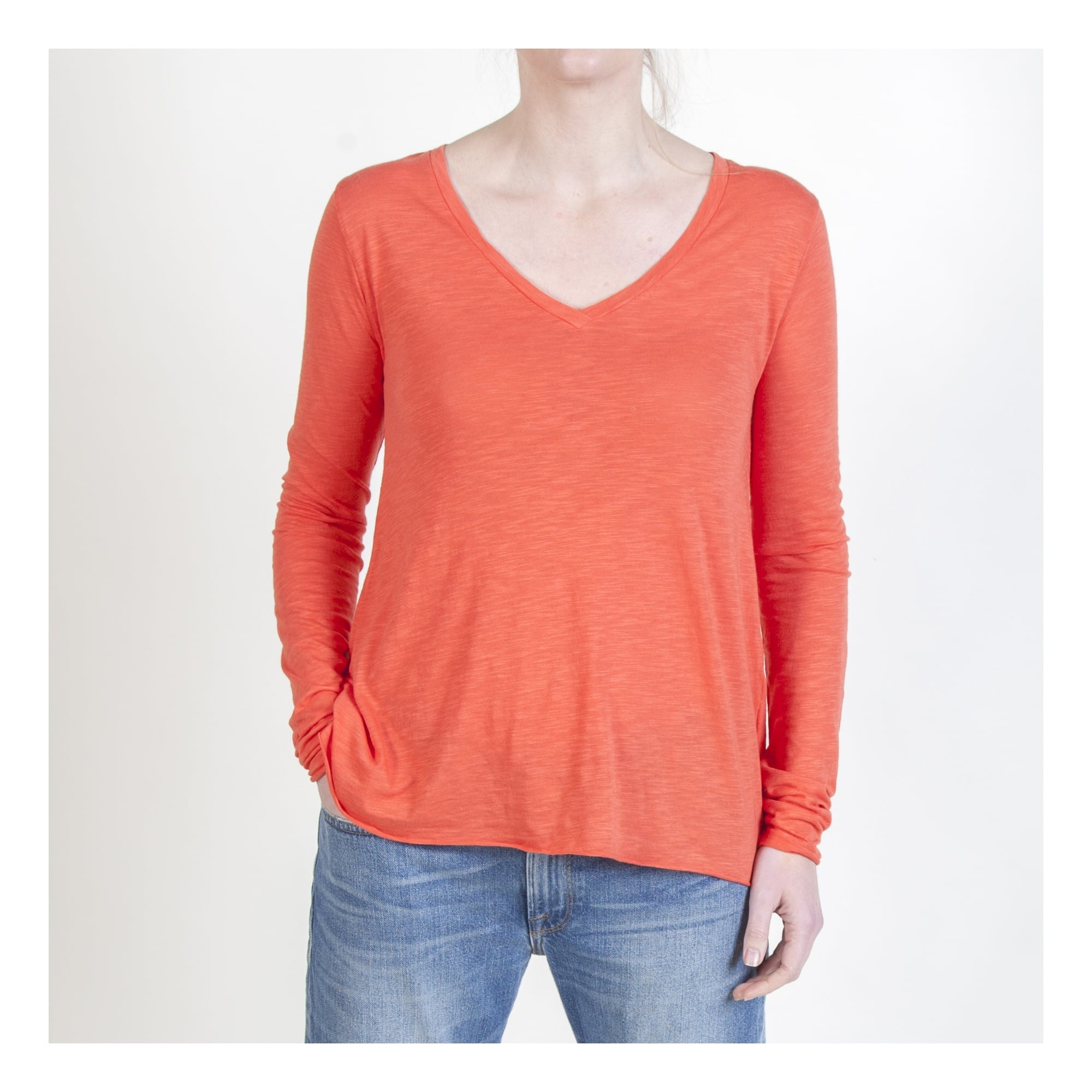 0d302448cbccce American Vintage Jacksonville V Neck Long Sleeve Tee in Red | Collen ...