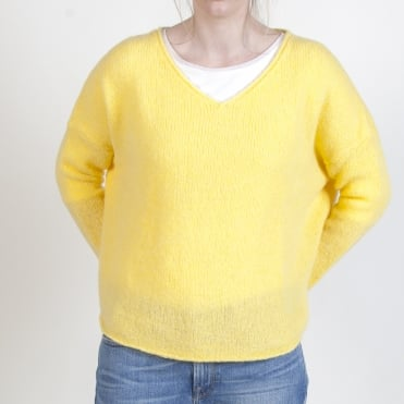 Vacaville V Neck Jumper in Straw Yellow