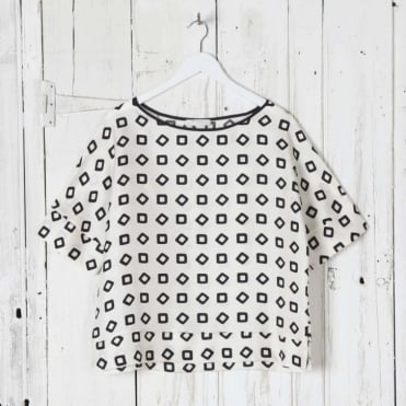 Blouse with Square Pattern
