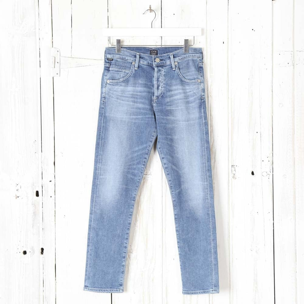 cfc99b909c Citizens of Humanity Elsa Mid Rise Slim Fit Crop Jean