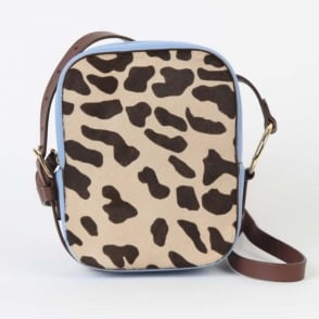 Camera Bag in Leopard / Powder Blue