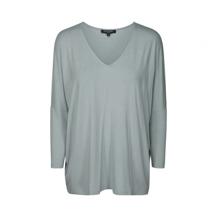 ILSE JACOBSEN V Neck 3/4 Sleeve Oversized Top in Silver Blue
