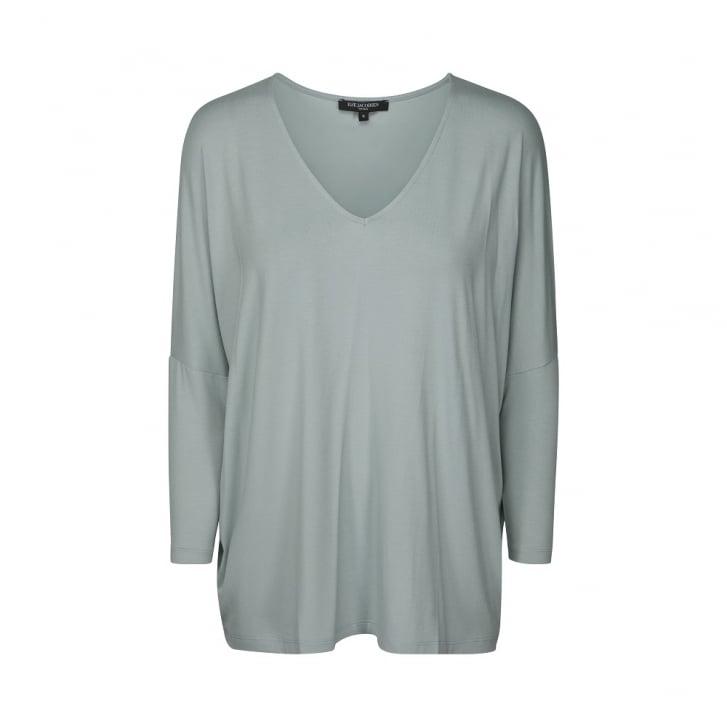 ILSE JACOBSEN V Neck 3/4 Sleeve Oversized Top in Silver Blue