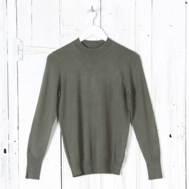 Long Sleeve Turtle Neck Top in Olive