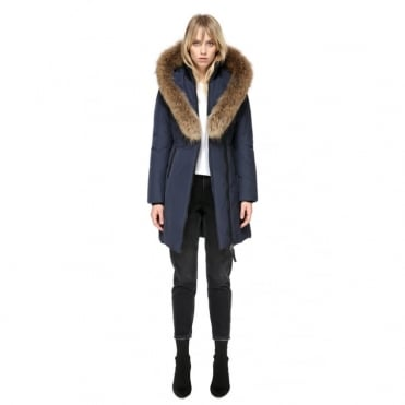 Kay with Racoon Fur in Navy