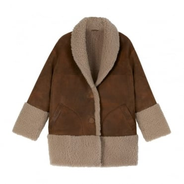 Rainey Sheepskin Coat in Vicunha