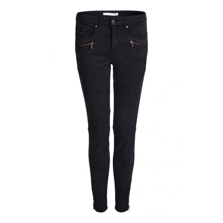 OUI Casual Zip Pocket Pants in Black