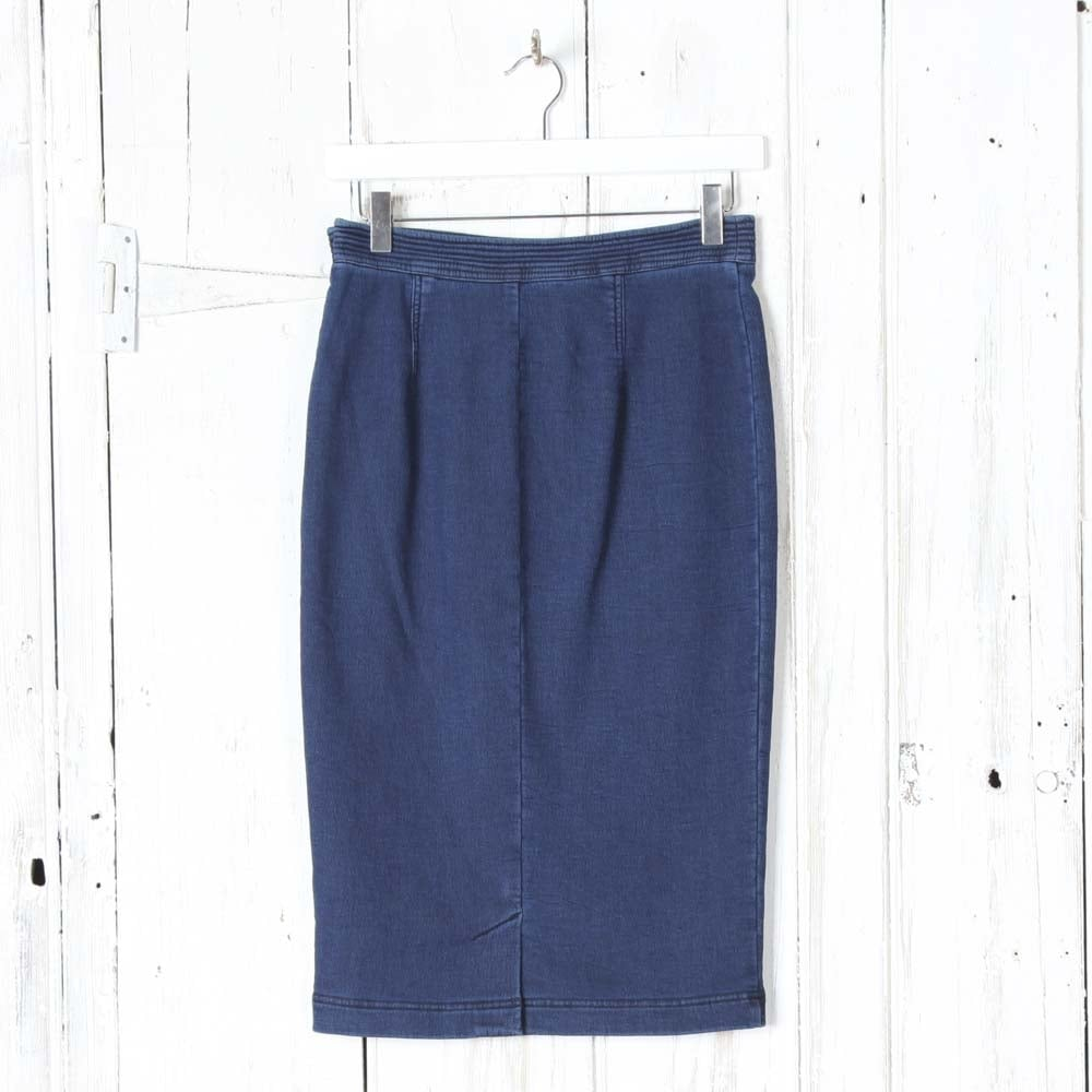 oui stretch denim pencil skirt in blue collen clare