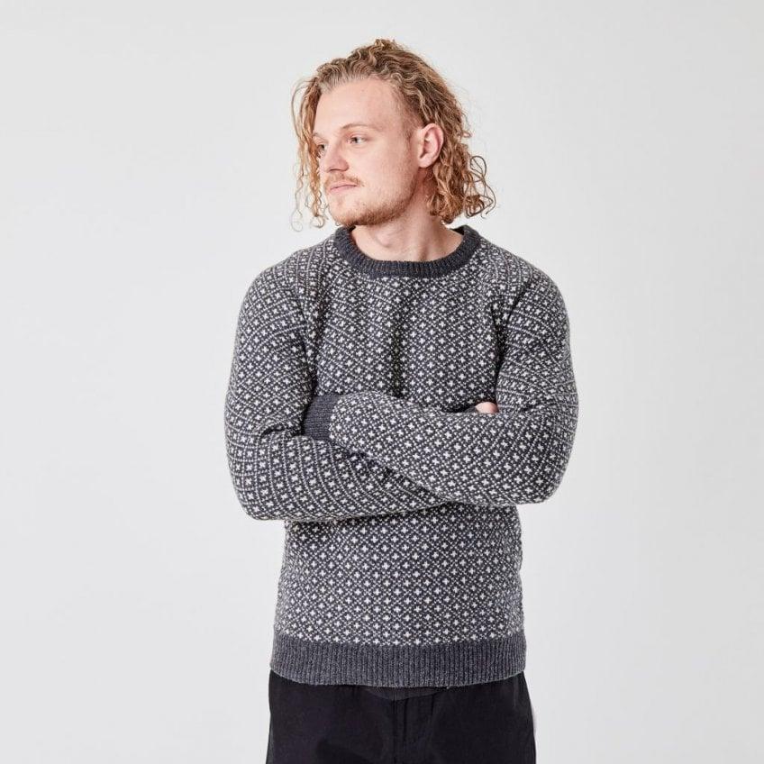 Suit Nordic Knit Faroe Jumper In Black Melange Collen Clare