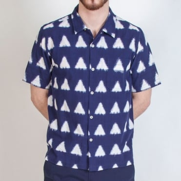 Ikat Arrow Road Shirt in Navy
