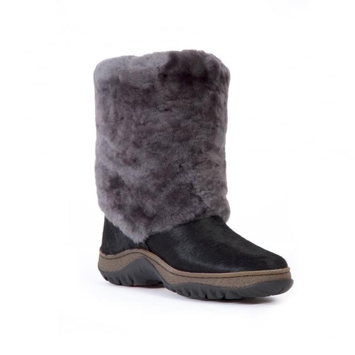 SIBERIAN CHIC Whistler Standard Sheepskin Boot
